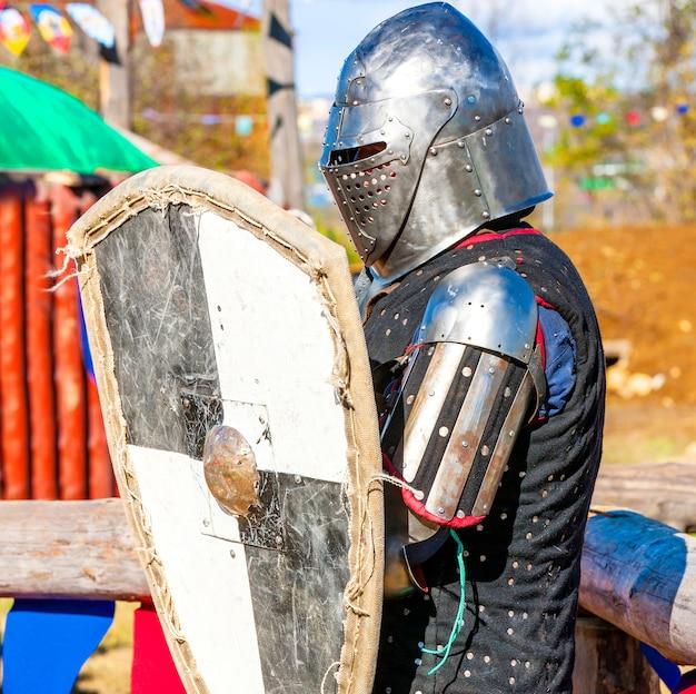 Medieval knight on the battlefield. Premium Photo