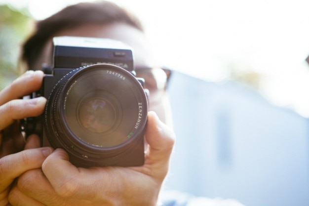 Medium format camera Free Photo