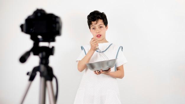 Cottura per bambini di medio livello Foto Gratuite