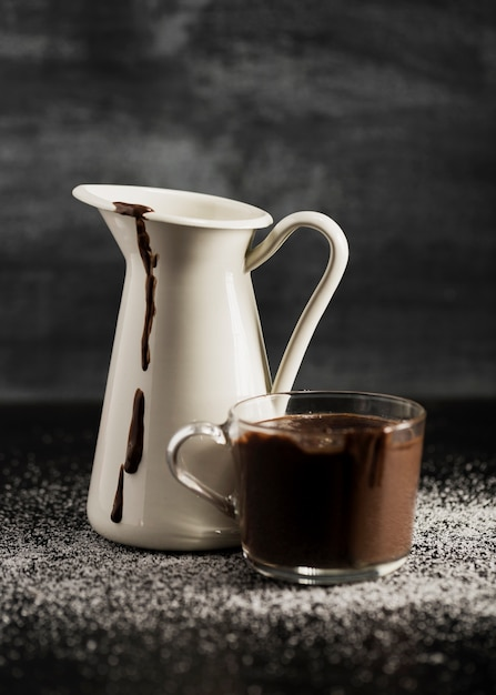 Melted chocolate in mugs and sugar Free Photo