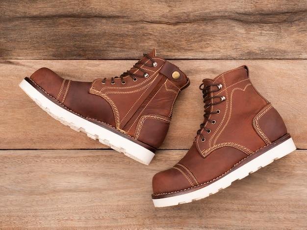 zipper. steel toe boots fashion
