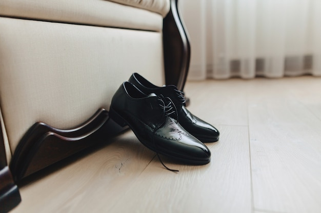 Men's shoes and elegant clothes, holiday theme and wedding Premium Photo