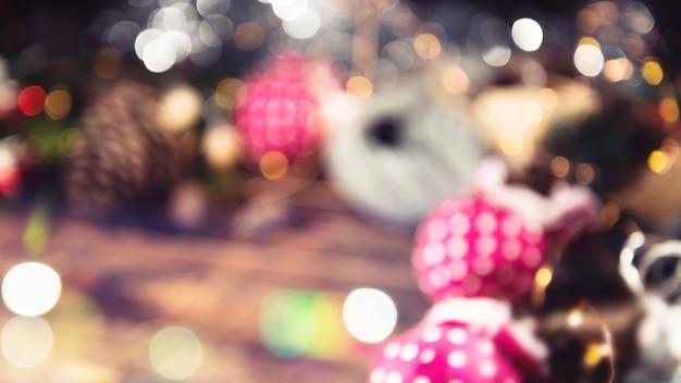 즐거운 성탄절 보내시고 새해 복 많이 받으세요. 프리미엄 사진