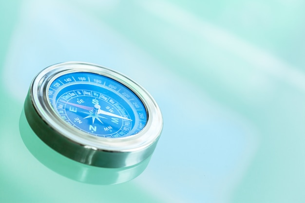 Metal compass Premium Photo