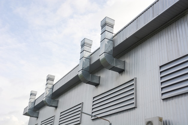 Metal sheet for industrial building with air duct and ventilation system of factory Premium Photo