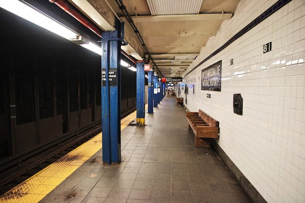 Metro in new york city of united states Premium Photo