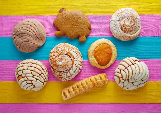Mexican pastries concha puerquito ojo buey Premium Photo