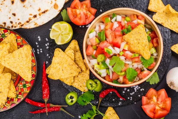 Mexican pico de gallo salsa Premium Photo