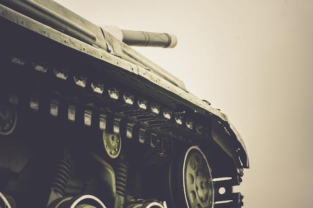 Military tank in the city Premium Photo