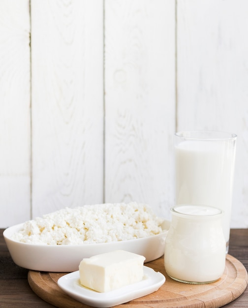 Milk, cottage cheese and dairy products Free Photo