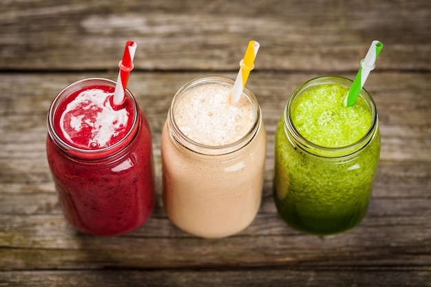 Milkshakes and smoothies Premium Photo