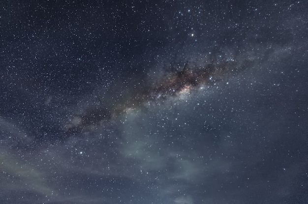 Milky way galaxy with stars and space dust in the cosmos Premium Photo