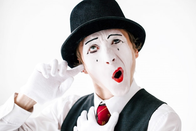 mime cleans his ear photo