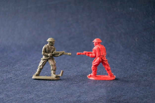 Miniature of fighting toy model soldiers Premium Photo