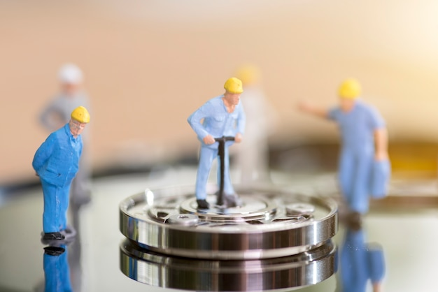 Miniature hard drive repair Premium Photo