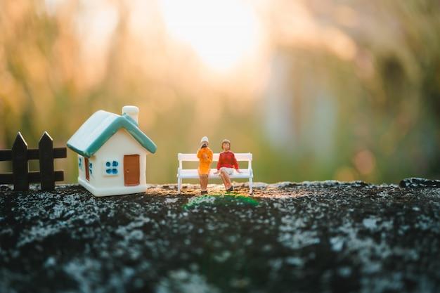 Miniature people Premium Photo