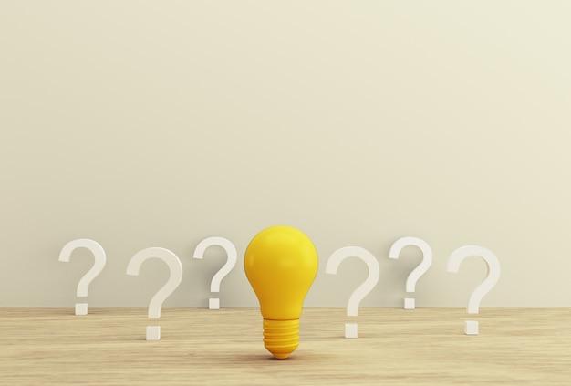 Минимальная концепция креативной идеи и инноваций. желтая лампочка показывая идею с вопросительным знаком на деревянной предпосылке. Premium Фотографии