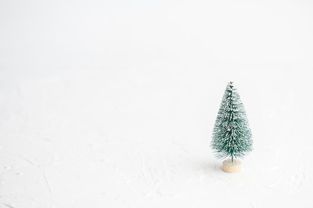 Minimalistic christmas and new year's. ginger biscuits. Premium Photo
