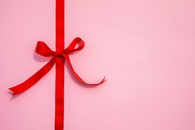 Minimalistic ribbon with copy space Free Photo