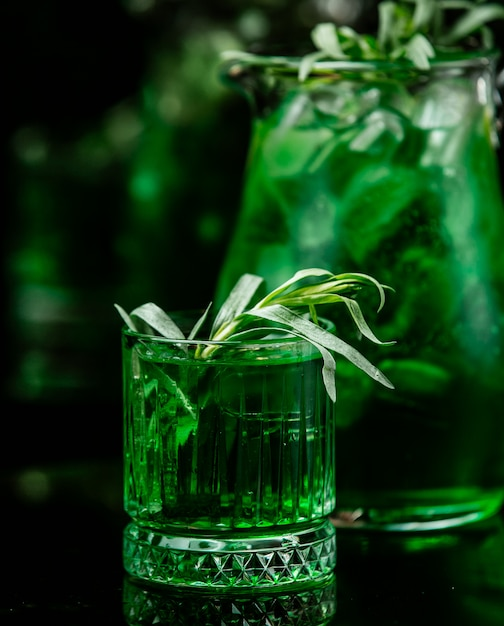 Mint beverage on the table Free Photo