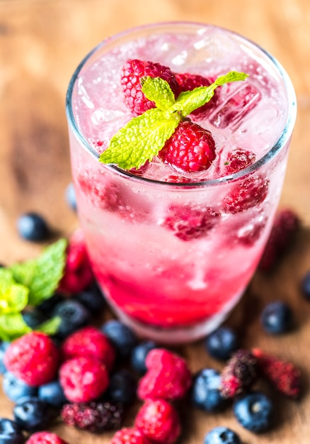 Mixed berry infused water recipe Free Photo