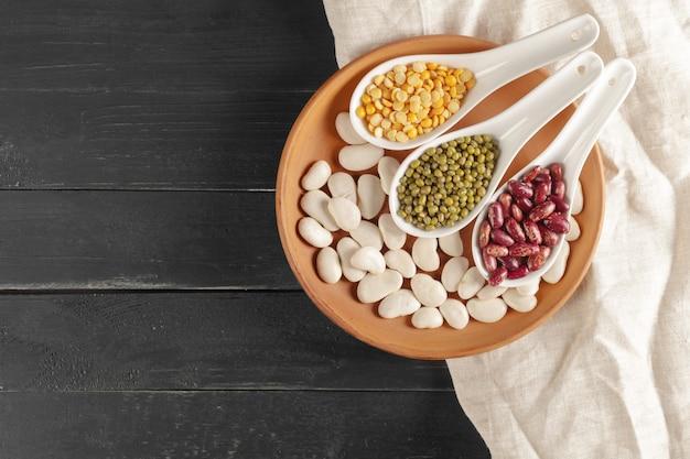 Mixed dried beans Premium Photo