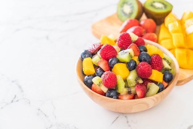 Mixed fresh fruits Premium Photo