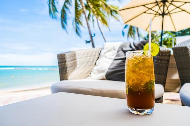 Mocktail on the beach Free Photo