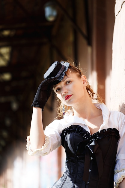 Model dressed in victorian or steampunk style Premium Photo