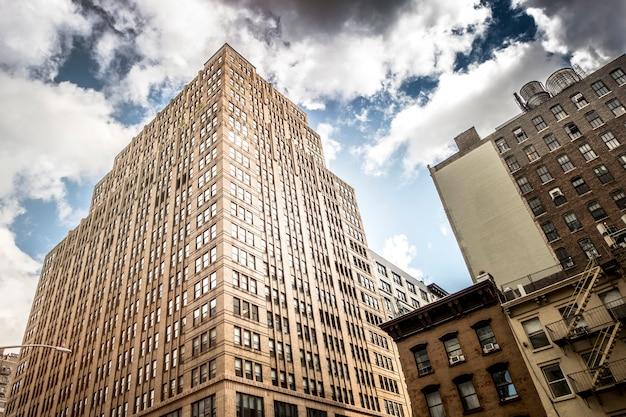 アメリカ、ニューヨークのモダンな建物 無料写真