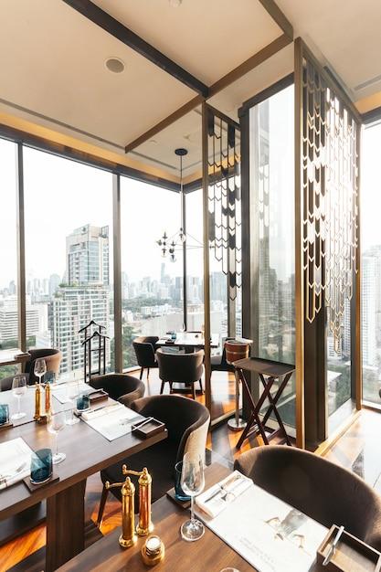 Modern luxury decorated interior restaurant that can view ...