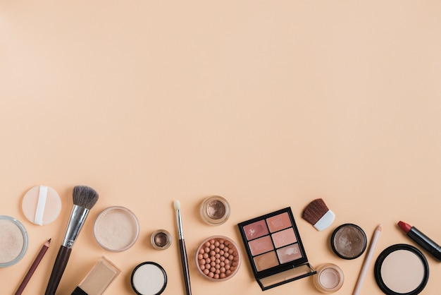 Modern make up composition Free Photo
