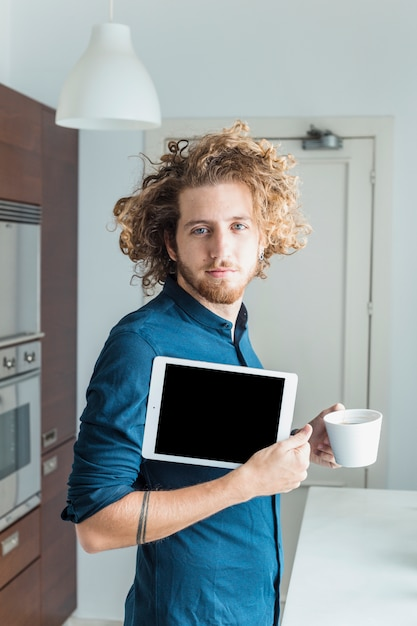 Modern man with tablet Free Photo