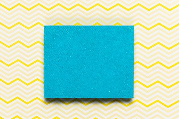 Modern wedding invitation with pattern background Free Photo
