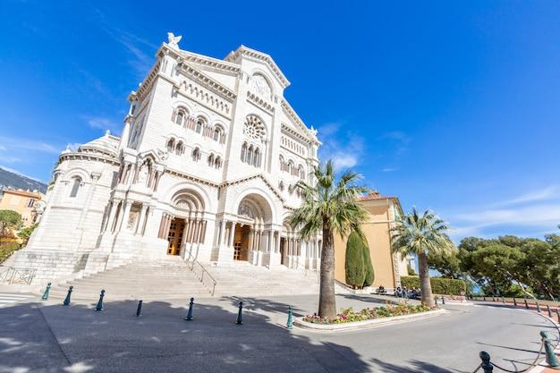 Monaco saint nicholas cathedral Premium Photo