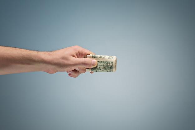 손에 돈 무료 사진