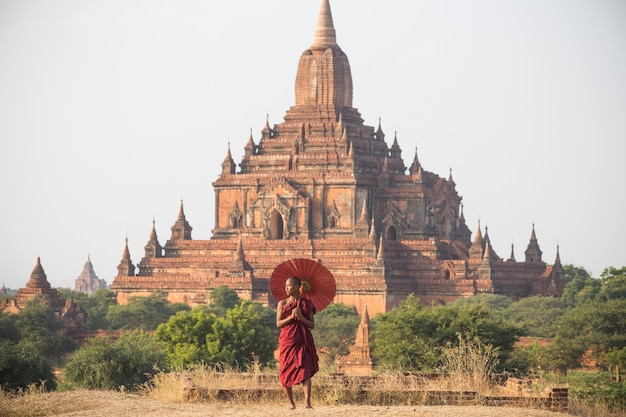 Monk of bagan , myanmar Premium Photo