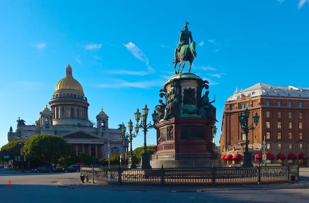 サンクトペテルブルク、ロシアのnicholas iの記念碑 無料写真