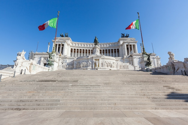 Monument of vittorio emanuele ii in rome Premium Photo
