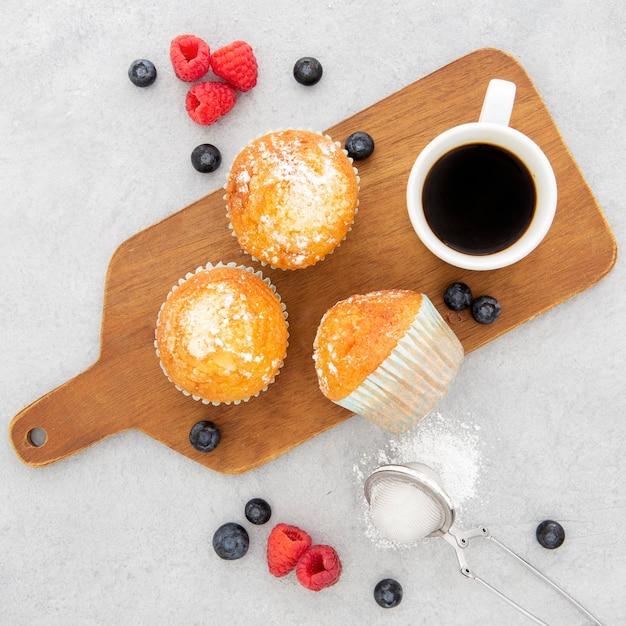 Утренние кексы и кофе Бесплатные Фотографии