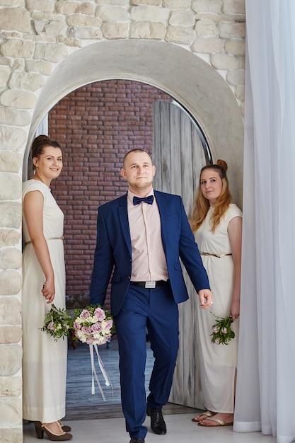 Morning groom, preparing meet bride before wedding Premium Photo
