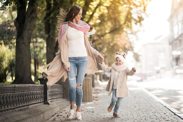 Mother and daughter Free Photo