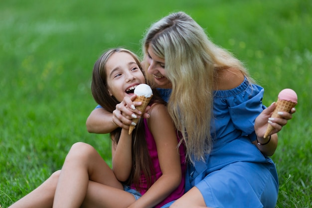 Mother and daughter eating ice cream Free Photo