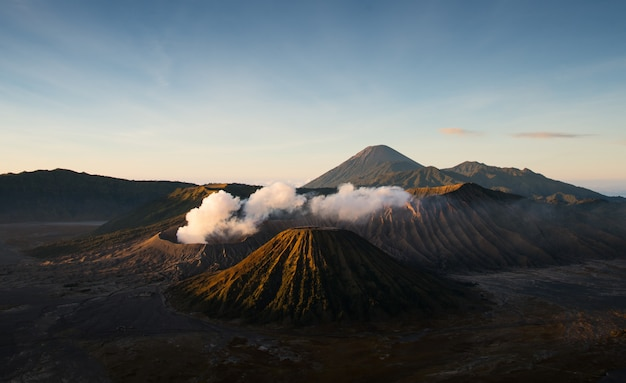 Mount bromo an active volcano with sun shining down, east java, indonesia Premium Photo