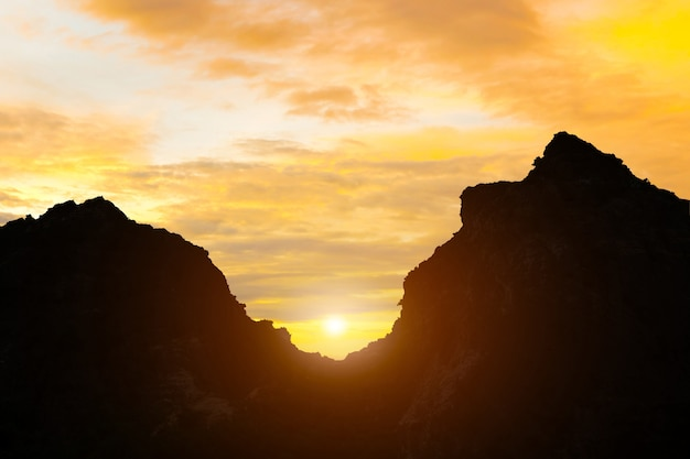 Mountains and sunrise evening sky Premium Photo