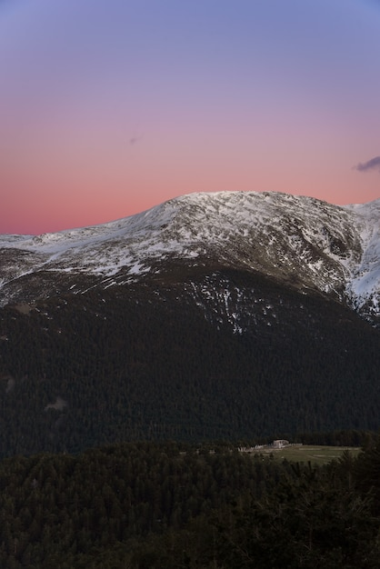 Mountains at sunset Premium Photo