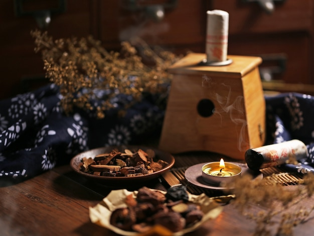 Moxibustion chinese medicine Free Photo