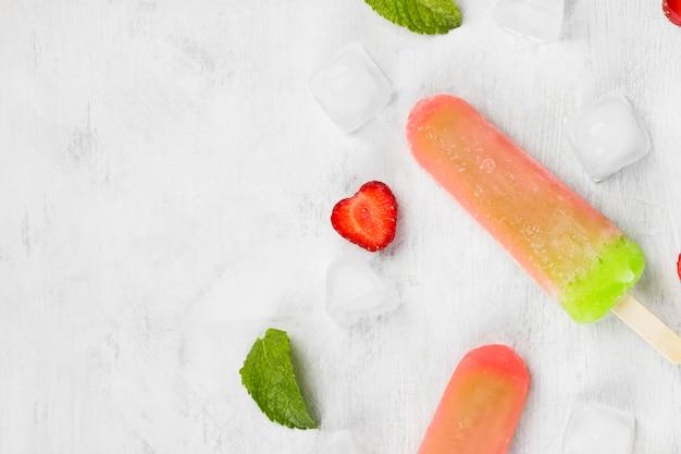 Multi-colored popsicles Premium Photo