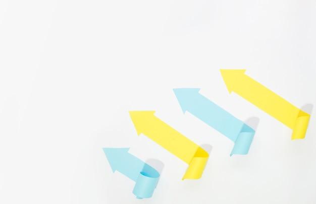 Разноцветные стрелки с копией пространства Бесплатные Фотографии