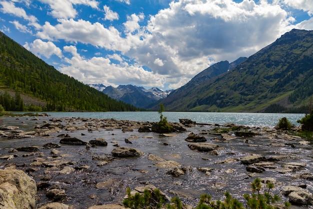 Multinsky lakes in altai mountains. Premium Photo